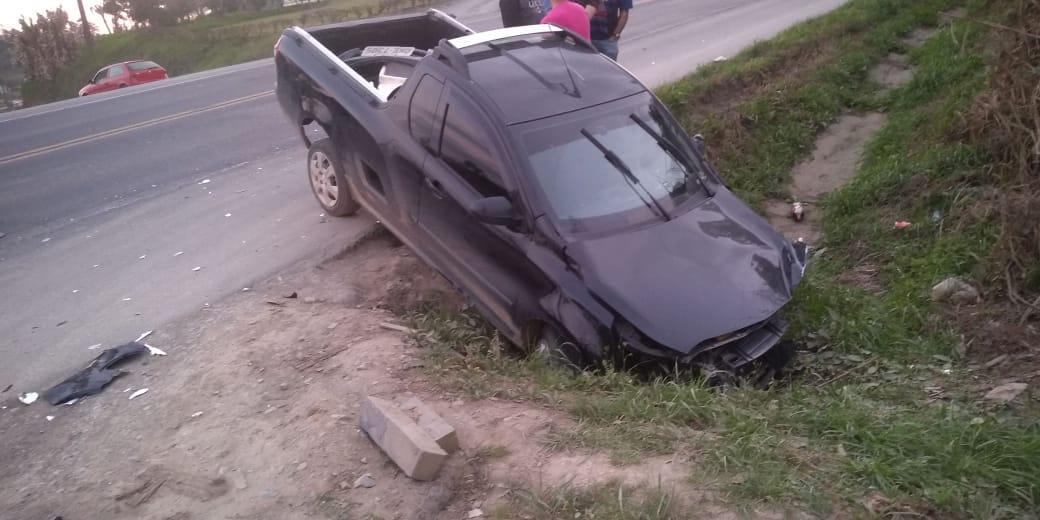 Jovem de 19 anos fica ferido em acidente na BR-470, em Trombudo Central