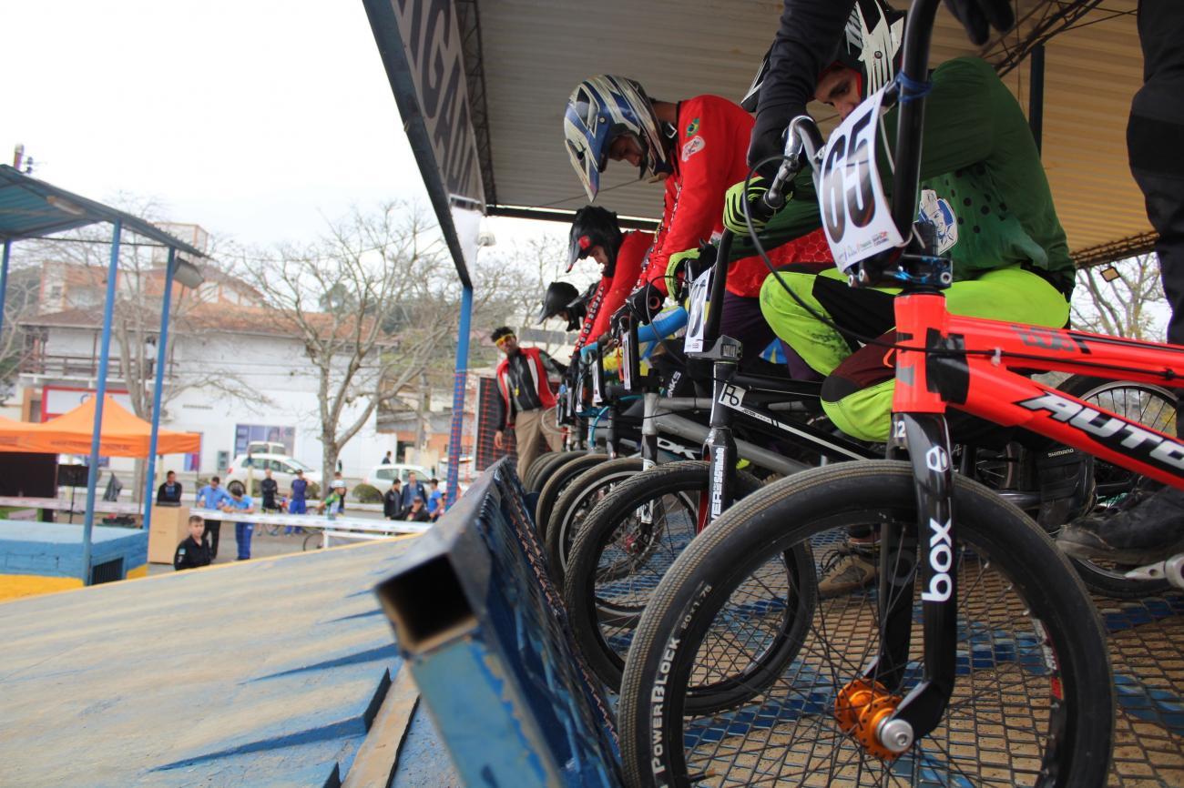 Rio do Sul sedia Campeonato Catarinense e Sul Brasileiro de Bicicross