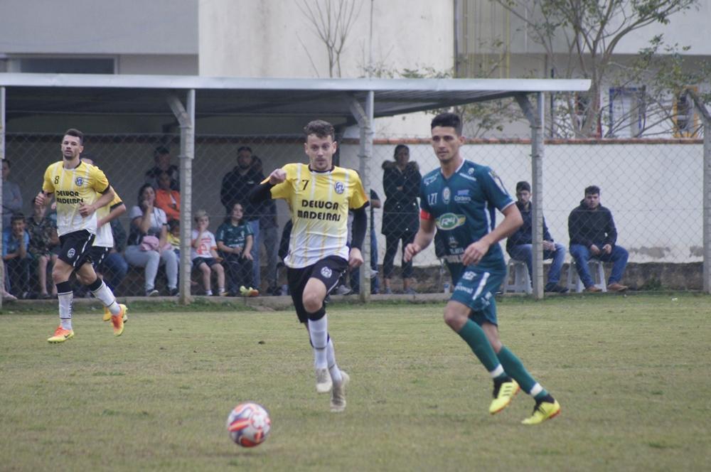 Rodada da Liga Riosulense tem oito jogos no fim de semana