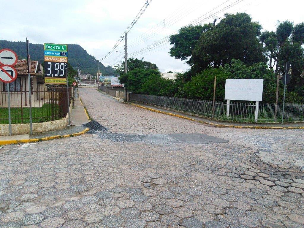 Trânsito pela ponte Dom Tito Buss em Rio do Sul está parcialmente interrompido