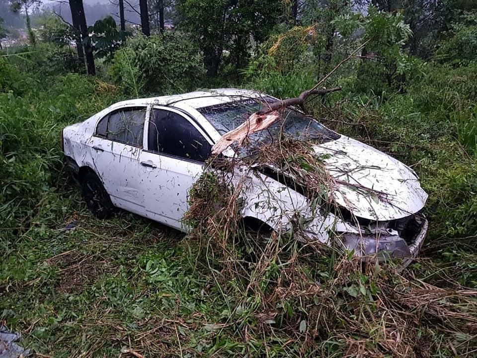Veículo sai da pista na BR 470 em Rio do Sul