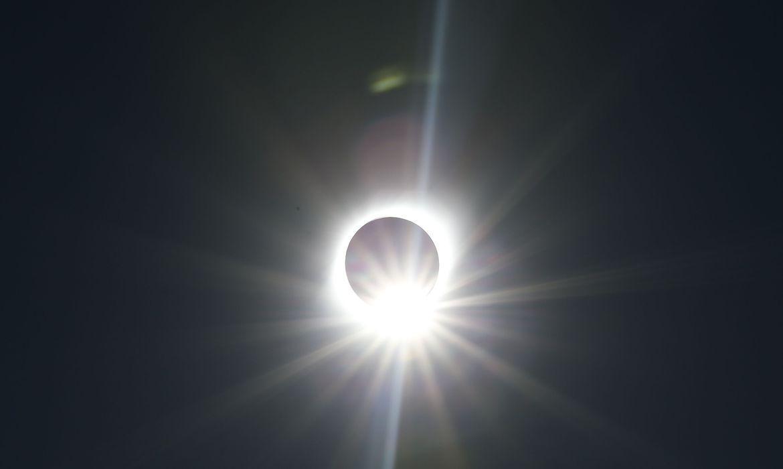 Brasil terá eclipse solar parcial hoje, entre meio-dia e 15h