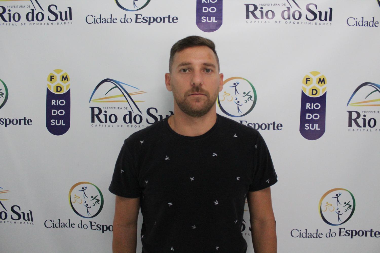 Rafael Vignoli é o novo técnico de futsal da FMD Rio do Sul