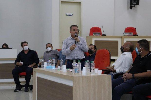 Secretaria da Agricultura discute melhoria na infraestrutura para atender produtores de cebola